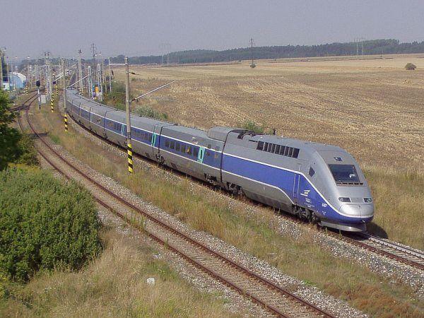 для рельсовых поездов,