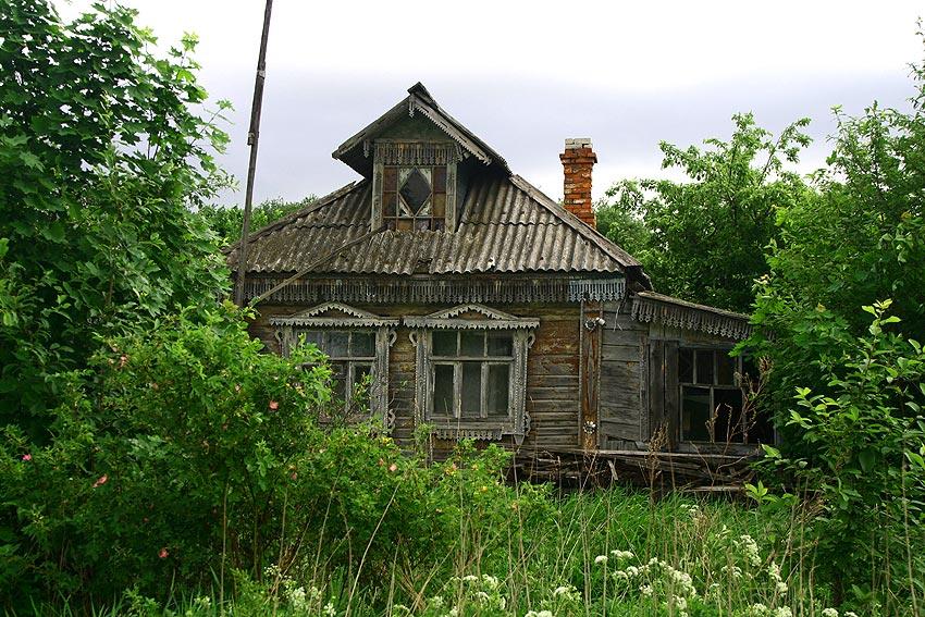 облицовка деревенского дома.