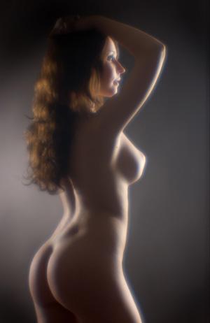 Фото взрослая баба голая жопа розги