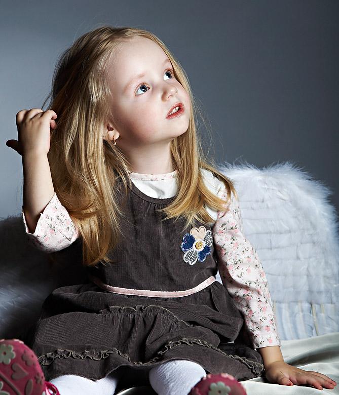 Например, маленькая девочка.
