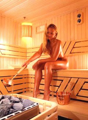 Вместимость: 6 человек Парные: финская сауна , русская баня Для отдыха...