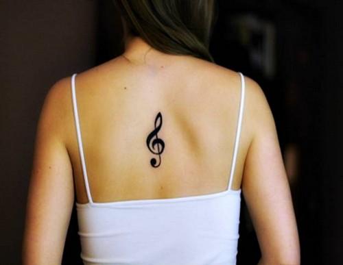Татуировка скрипичный ключ имеет весьма противоположные значения. Так