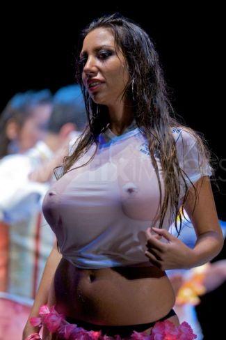мокрые футболки зрелые