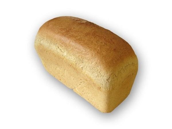 А еще на один рубль можно было купить 5 батонов белого хлеба.  Цена буханки - 20 копеек.  Или 5 буханок чёрного хлеба...