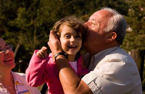 дед с внучкой трахаются фото