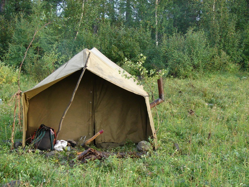 палатка геологов
