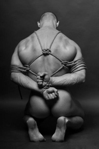 Бдсм позы для рабов мужчин фото 483-331