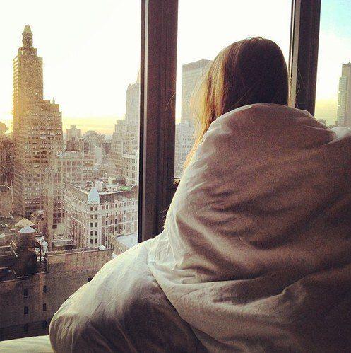Девушка в одеяле, жену трахнули за долг
