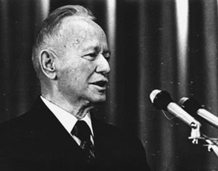 Речь на втором всесоюзном съезде советских писателей