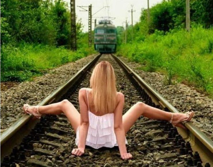 жопа на железной дороге модели