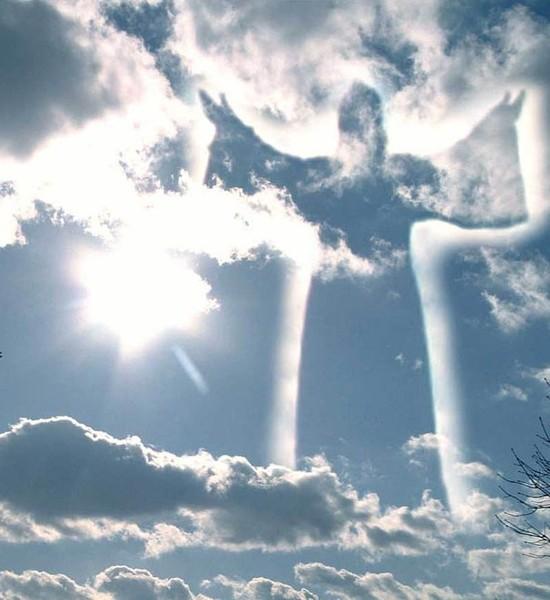 всем мире между небом и грешной землей песня это термобелье незаменимо