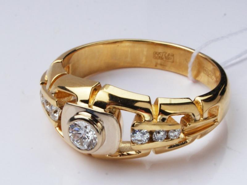 Мужской перстень с бриллиантом из комбинированного золота 750 пробы