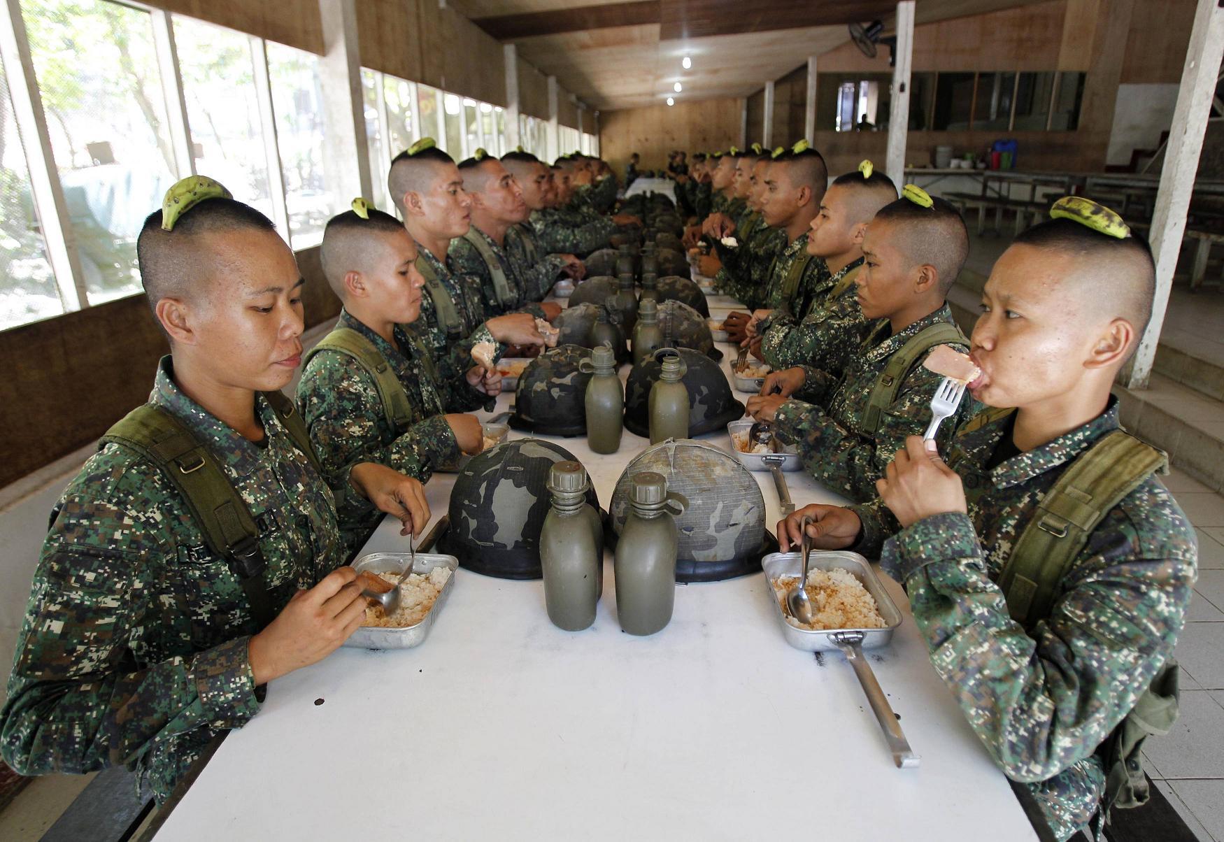 Картинки для, женщины в армии прикольные картинки