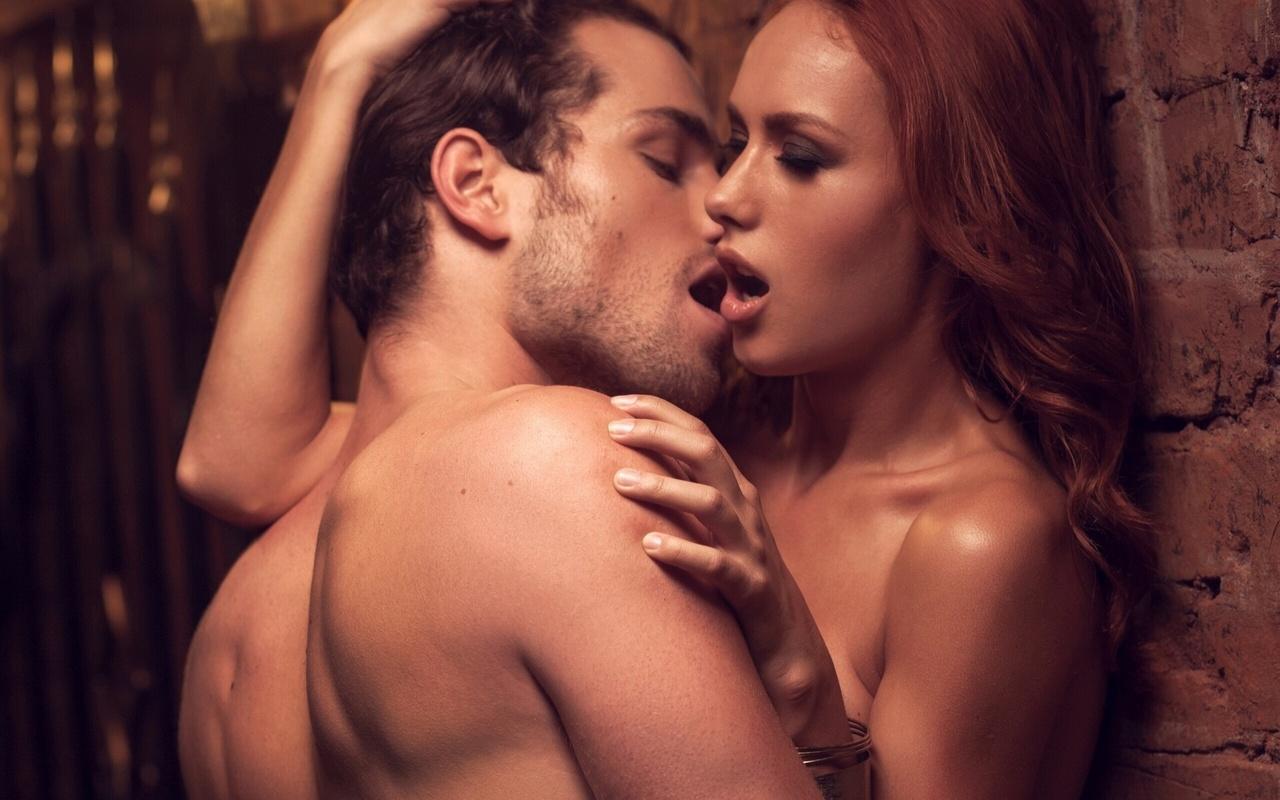 Поцелуй в интимное место 21 фотография