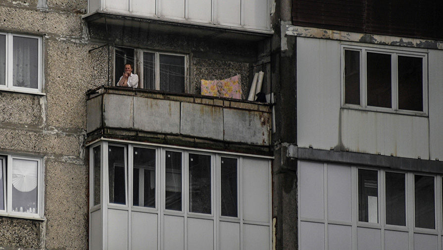5 тысяч рублей за курение на балконе (игорь рудой) / проза.р.