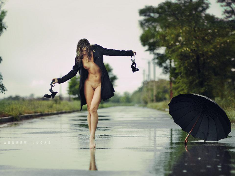 Под Дождем Обнаженные
